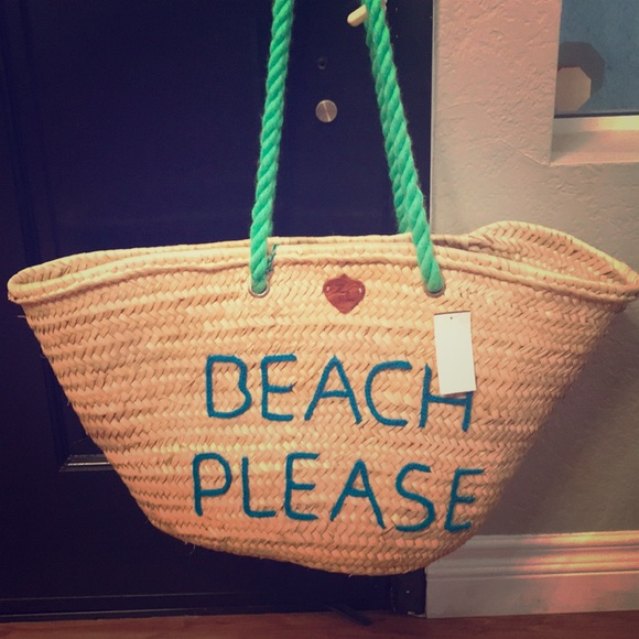 Free People Handbags - Z&L Free People Beach Please Large Basket Bag